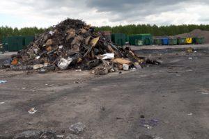 Zdj. nr 2 Odpady popożarowe